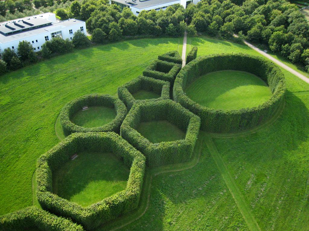 Gerealiseerd ontwerp geometrische tuin C. Th. Sørensen
