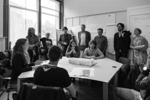 Bezoek panel aan groep op slotdag WvhLG 2016. Foto: Antonio Granata