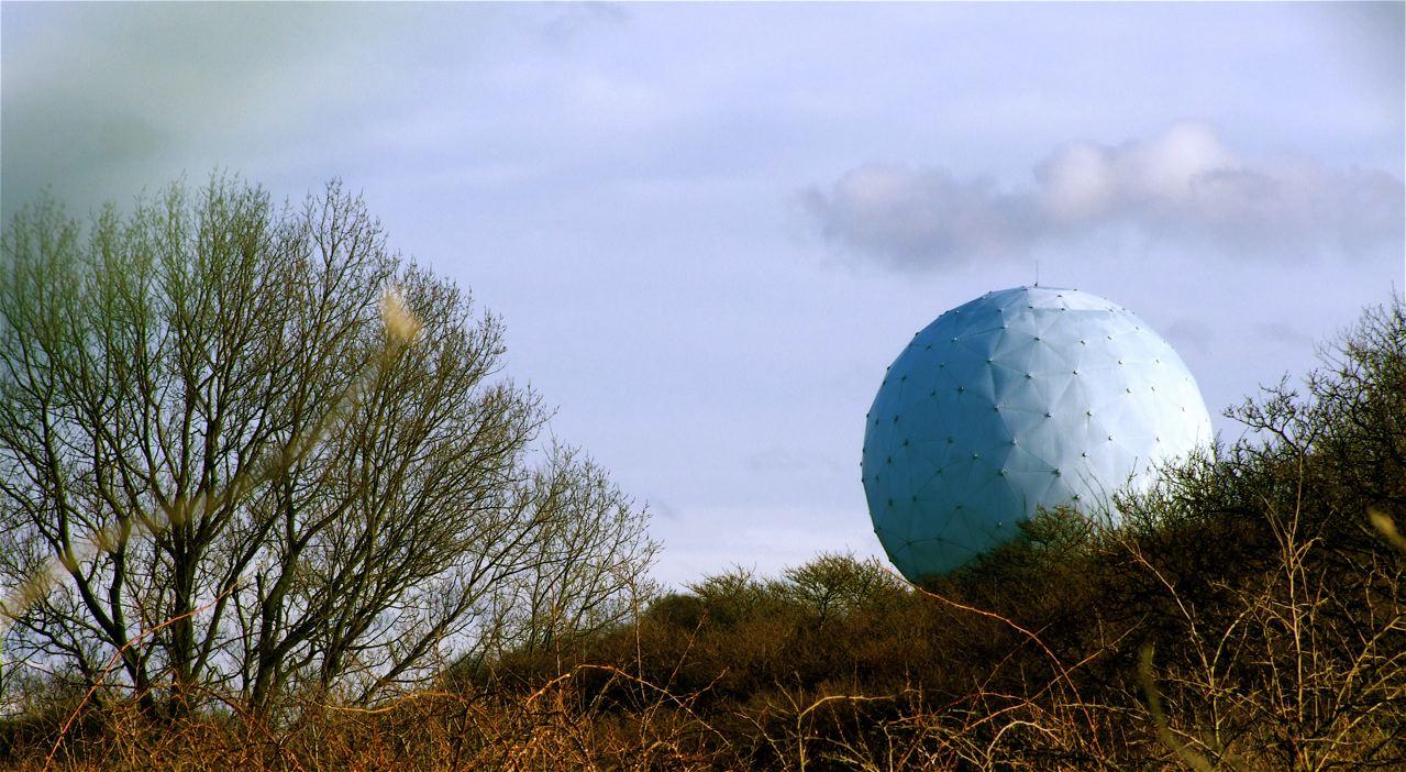 Radarpost op de Waalsdorpervlakte. Foto: R. Wijnants